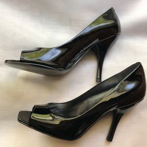 BCBGeneration Shoes - BCBGeneration Patent Leather High Heels Size 9